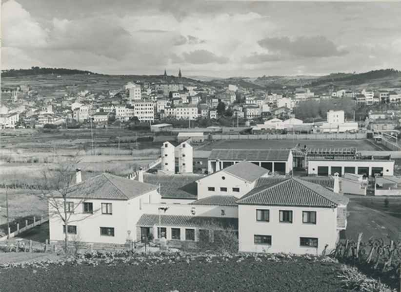 Centro de inseminación artificial de vacuno en Betanzos (A Coruña), 1965