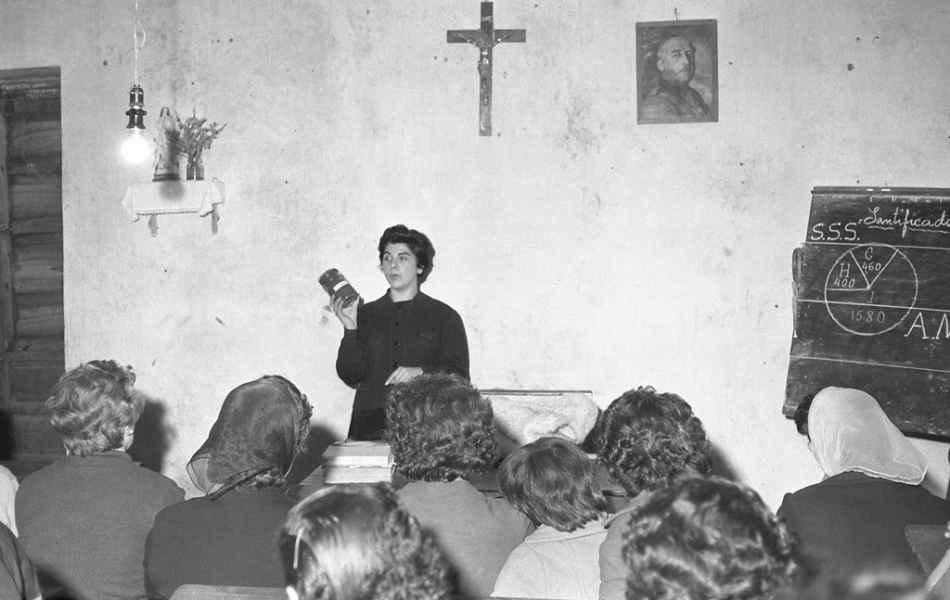 Como facer conservas. Betanzos (A Coruña), 1961
